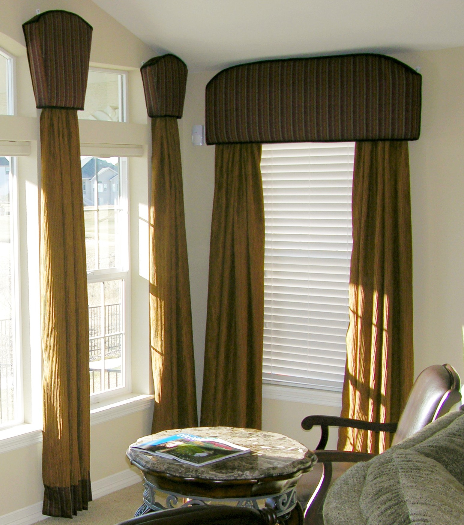 Curtain hung from rod pocket