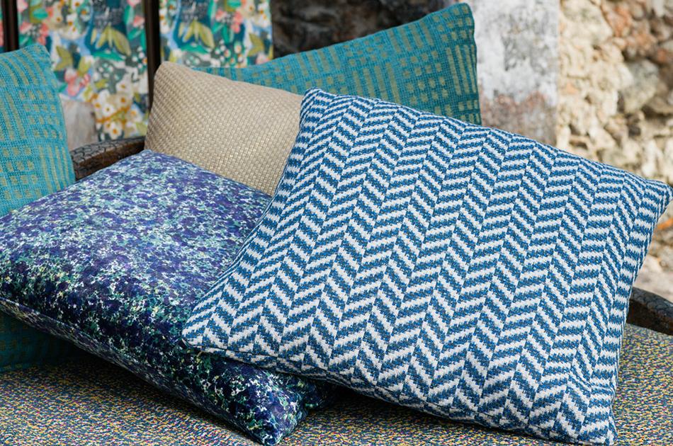 Laura Kirar Pillow Group