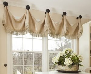 Valance hung from knobs kitchen (2)